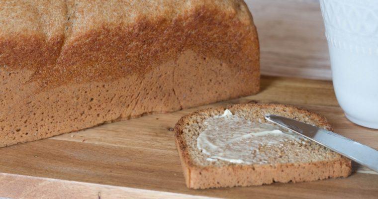 Dinkelvollkorn-Toastbrot – meine heimliche Frühstücksliebe
